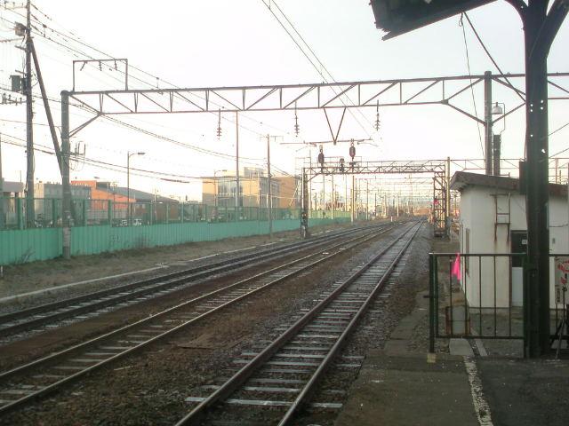 凍った線路